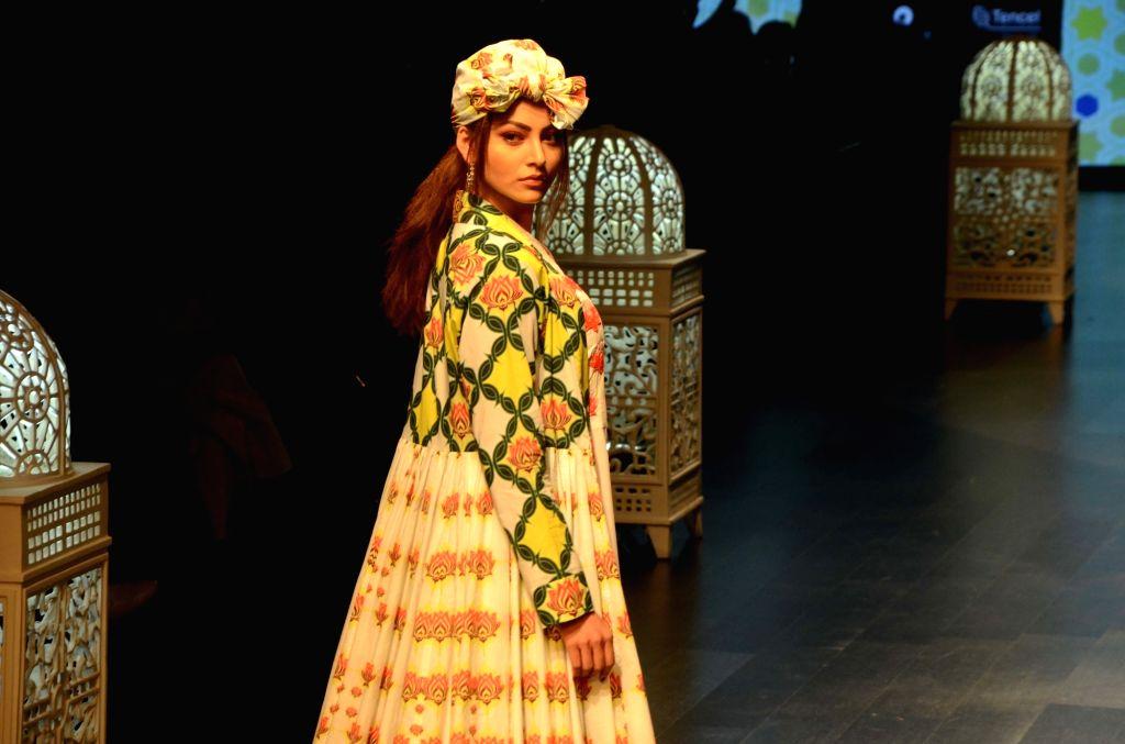 Actress Urvashi Rautela walks the ramp in fashion designer Anjali Patel Mehta's creation during Lakme Fashion Week (LFW) Summer/Resort 2019 in Mumbai, on Feb 2, 2019. - Urvashi Rautela and Anjali Patel Mehta