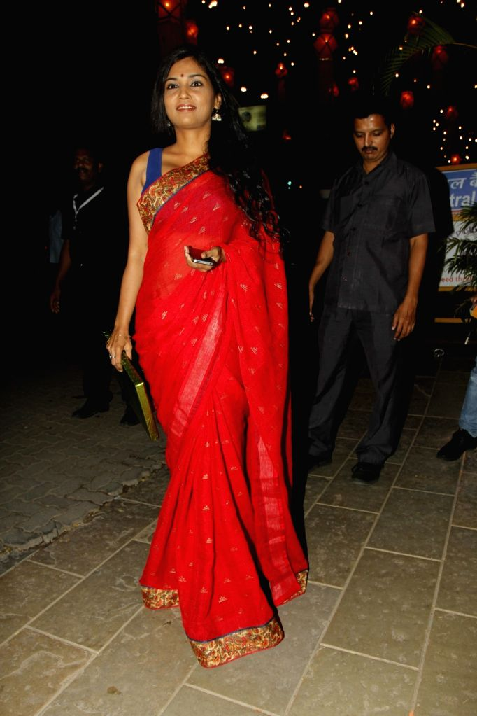 Actress Usha Jadhav arrive to attend the Amitabh Bachchan's Diwali party in Mumbai on Nov 11, 2015. - Usha Jadhav