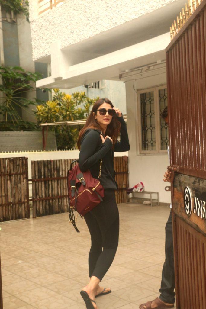 Actress Vaani Kapoor seen at a gym in Bandra of Mumbai on July 17, 2018. - Vaani Kapoor