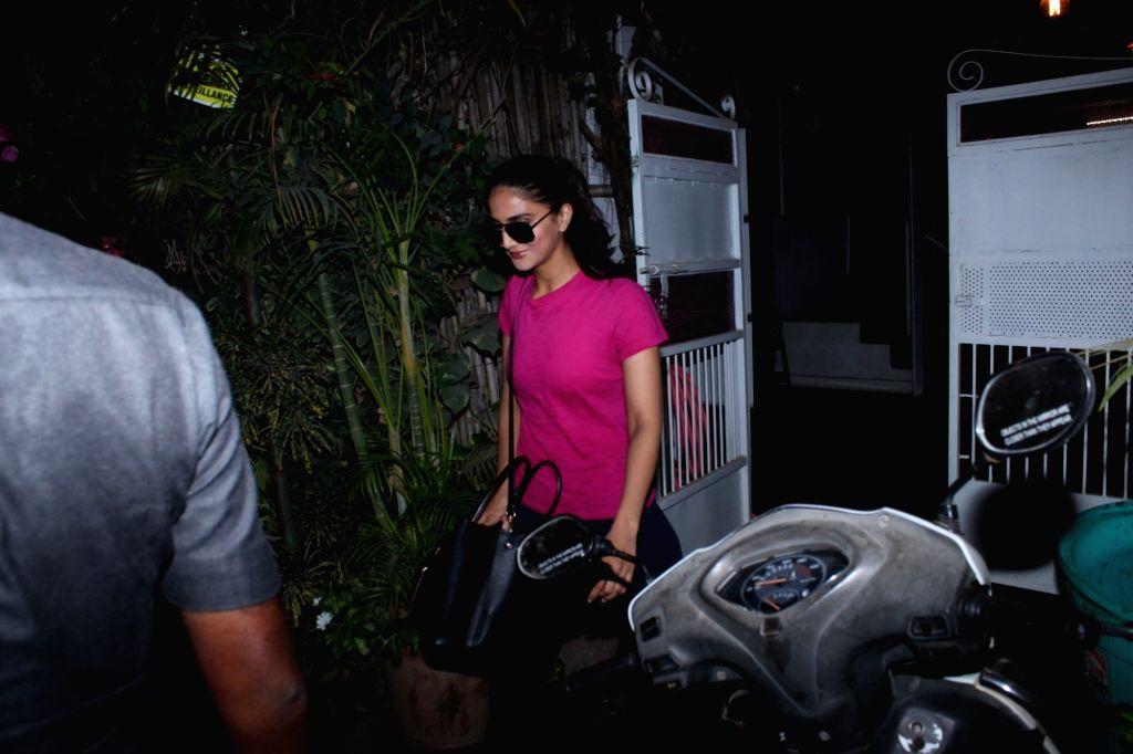 Actress Vaani Kapoor seen at Mumbai's Versova on April 28, 2019. - Vaani Kapoor