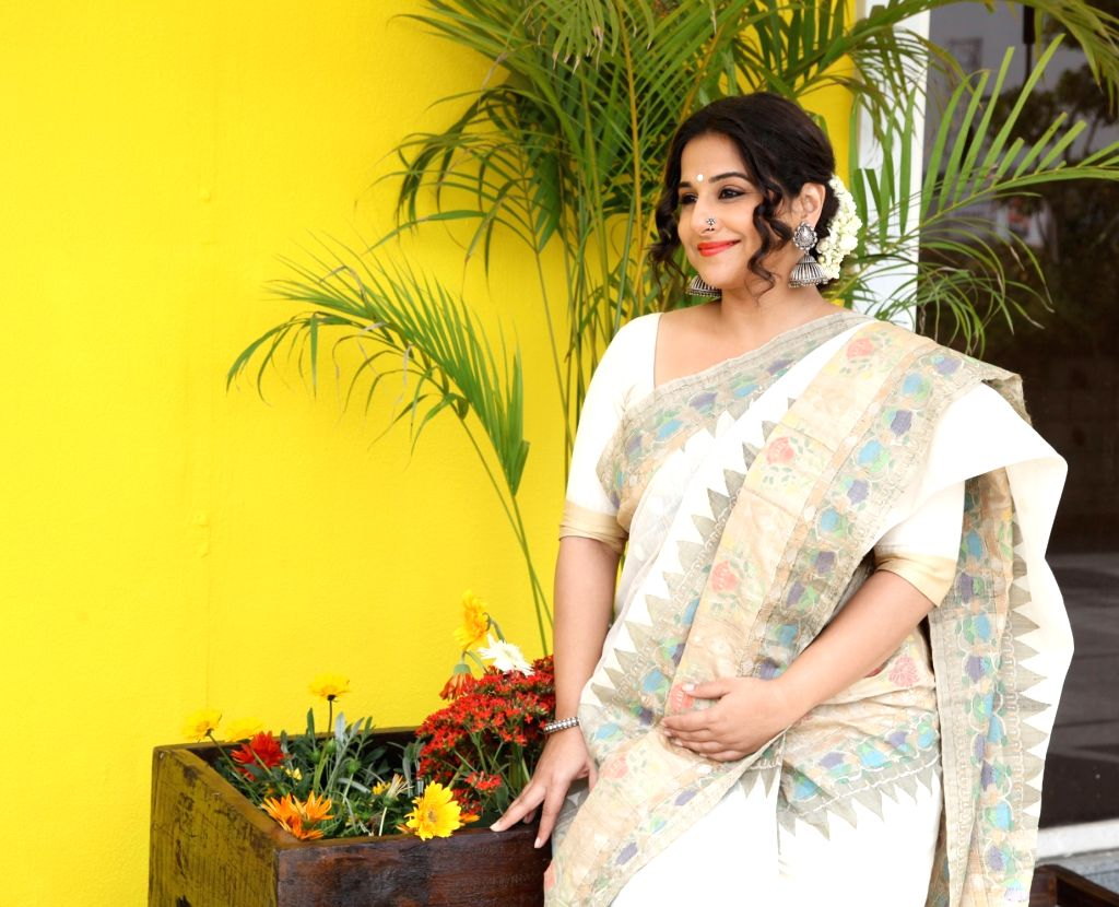 Actress Vidya Balan inauguration a new section of Gaurang Shah's store in New Delhi, on March 16, 2017. - Vidya Balan and Gaurang Shah