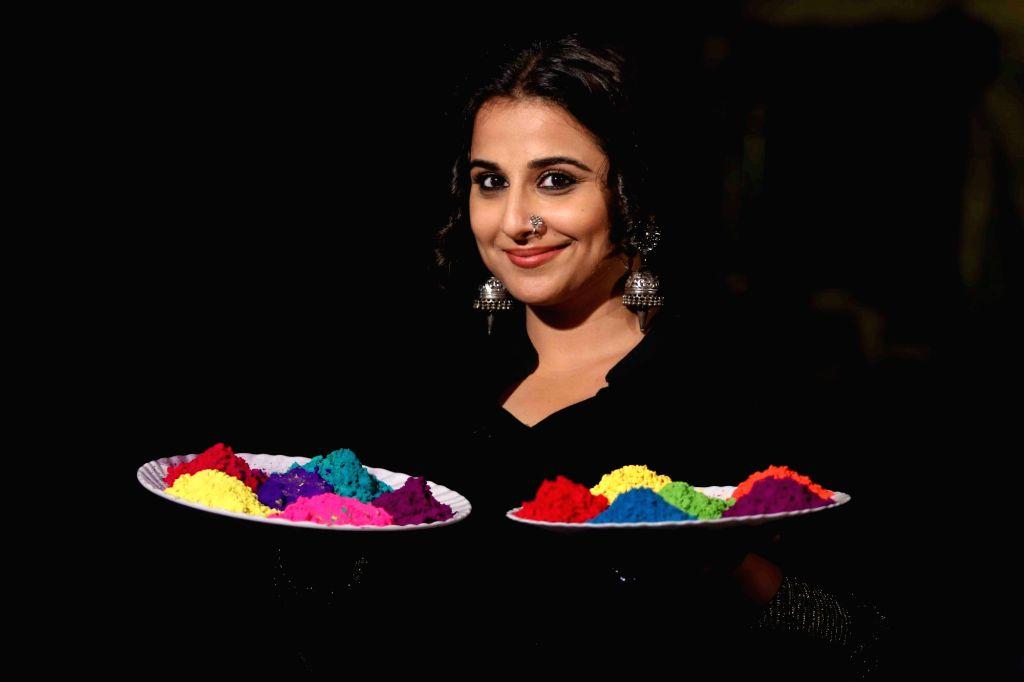 Actress Vidya Balan's Holi celebrations during promotion of her film Begum Jaan. - Vidya Bala