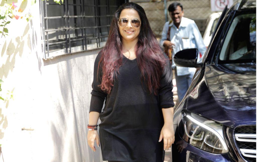 Actress Vidya Balan seen outside a dance class in Mumbai on March 2, 2019. - Vidya Balan