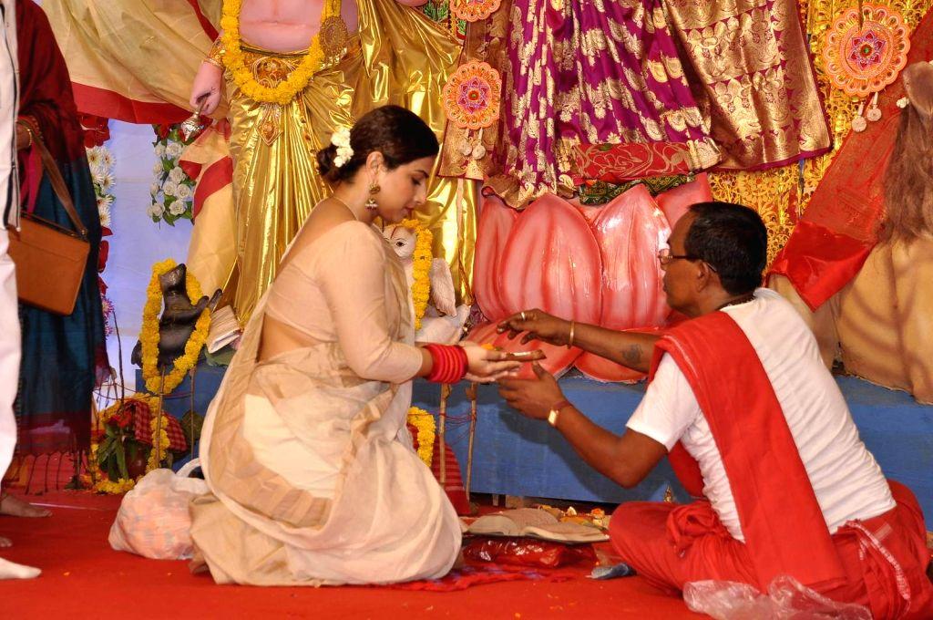Actress Vidya Balan visit Durga Pandal of veteran bollywood actor Biswajit,  in Mumbai on Oct 20, 2015.