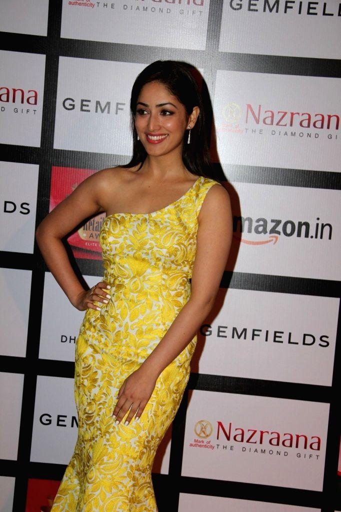 Actress Yami Gautam during the Gemfields and Nazraana Retail Jeweller India Awards 2015, in Mumbai on Aug 8, 2015. - Yami Gautam