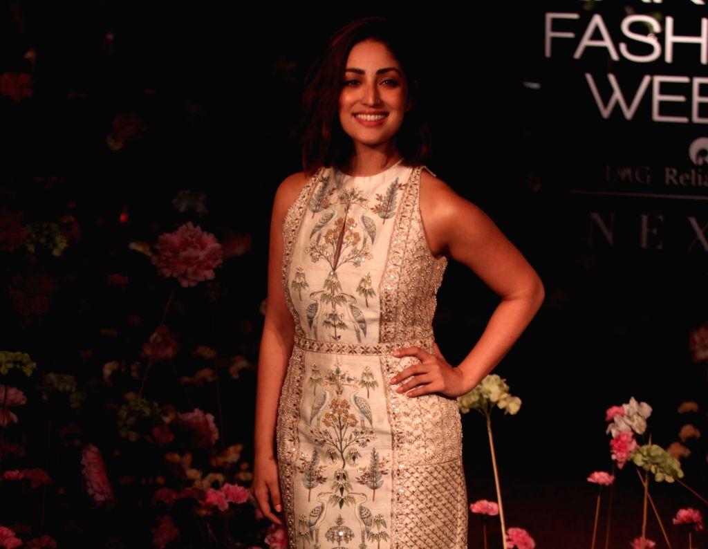 Actress Yami Gautam showcases fashion designer Anita Dogre's creation on Day 2 of the Lakme Fashion Week (LFW) Summer/Resort 2019 in Mumbai, on Jan 31, 2019. - Yami Gautam