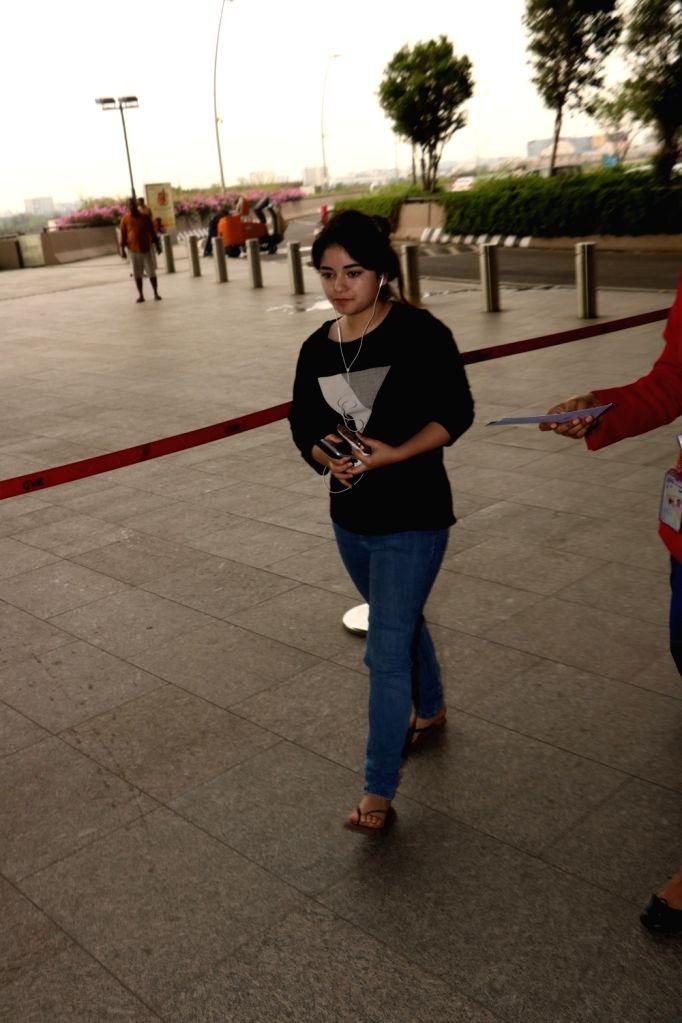 Actress Zaira Wasim seen at Chhatrapati Shivaji Maharaj International airport in Mumbai. - Zaira Wasim