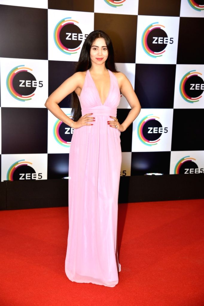 Actress Zara Khan on the red carpet of Zee5's first anniversary celebrations in Mumbai, on Feb 14, 2019. - Zara Khan