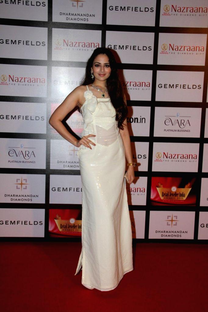 Actress Zoya Afroz during the Gemfields and Nazraana Retail Jeweller India Awards 2015, in Mumbai on Aug 8, 2015. - Zoya Afroz