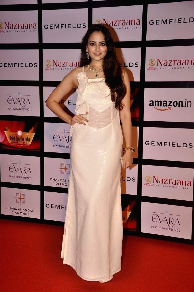 Actress Zoya Afroz during the Gemfields and Nazraana Retail Jeweller India Awards 2015, in Mumbai, 2015. - Zoya Afroz