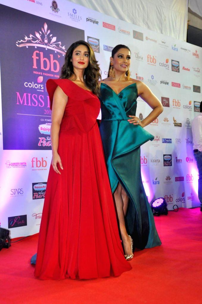 Actresses Bipasha Basu and Ileana D'Cruz during the grand finale of fbb Femina Miss India 2017 in Mumbai, on June 25, 2017. - Bipasha Basu and Ileana D'Cruz