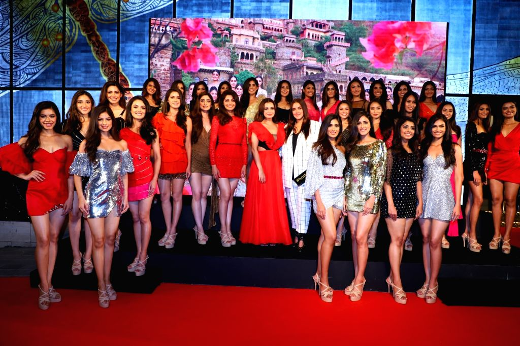 Actresses Dia Mirza and Neha Dhupia during a programme with the 30 State winners of fbb Colors Femina Miss India 2019, in Mumbai, on May 26, 2019. - Dia Mirza and Neha Dhupia