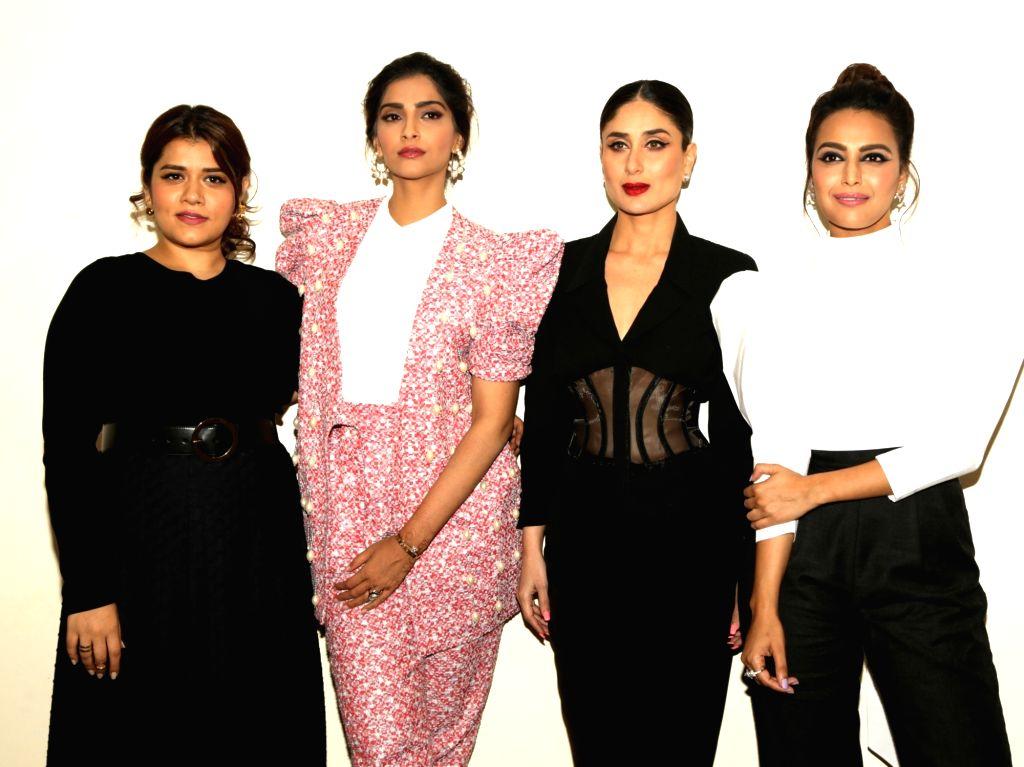 "Actresses Sanah Kapoor, Swara Bhaskar, Sonam Kapoor and Kareena Kapoor during a press conference organised to promote their upcoming film ""Veere Di Wedding"" in New Delhi, on May ... - Sanah Kapoor, Swara Bhaskar, Sonam Kapoor and Kareena Kapoor"