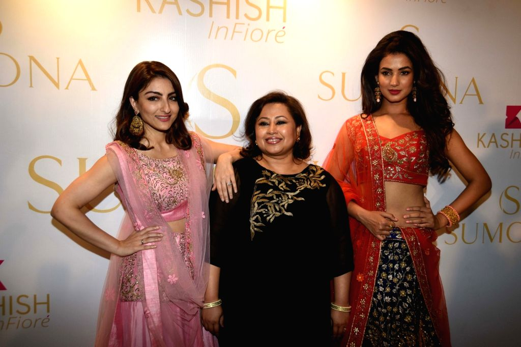 Actresses Soha Ali Khan, Sonal Chauhan with designer Sumona Parekh during a show organised by designer Sumona Parekh to showcase her Bridal/Fall Winter 2015 collection in Mumbai on Oct 27, ... - Soha Ali Khan and Sonal Chauhan
