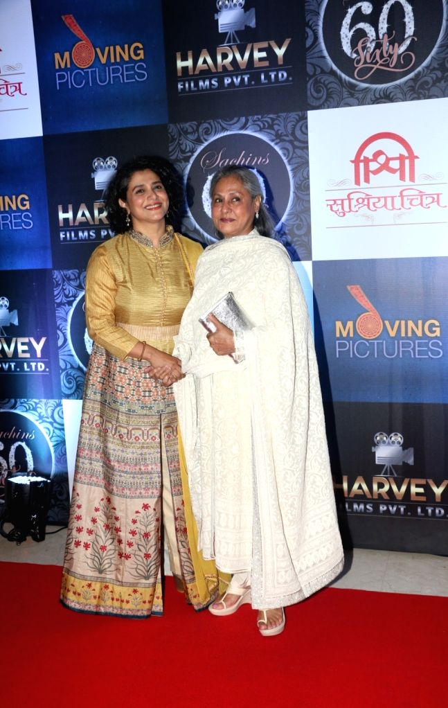 Actresses Supriya Pilgaonkar and Jaya Bachchan during the birthday celebration of Sachin Pilgaonkar in Mumbai on Aug 17, 2017. - Supriya Pilgaonkar and Jaya Bachchan