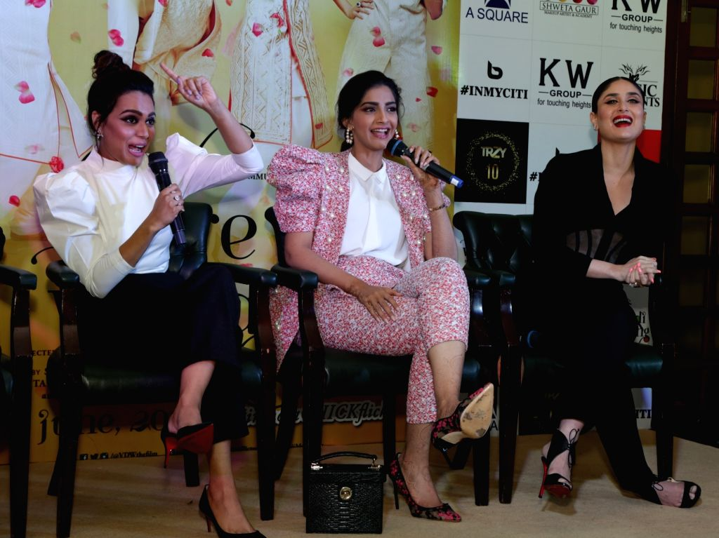 "Actresses Swara Bhaskar, Sonam Kapoor and Kareena Kapoor during a press conference organised to promote their upcoming film ""Veere Di Wedding"" in New Delhi, on May 25, 2018. - Swara Bhaskar, Sonam Kapoor and Kareena Kapoor"