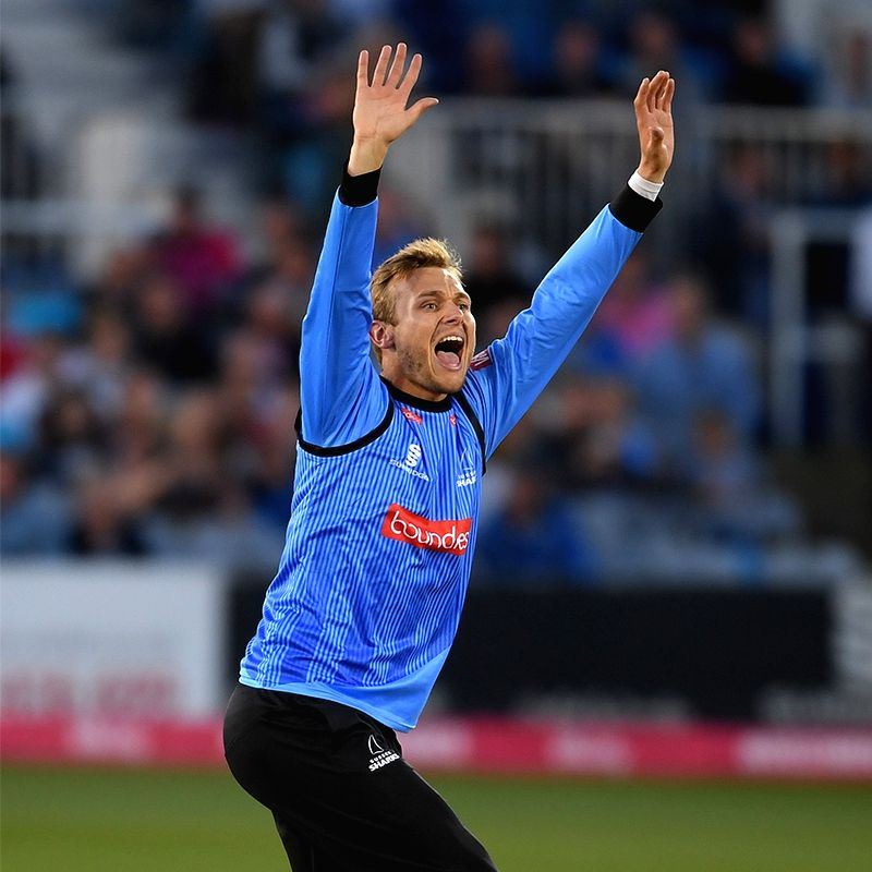 Adelaide Strikers sign England spinner Danny Briggs
