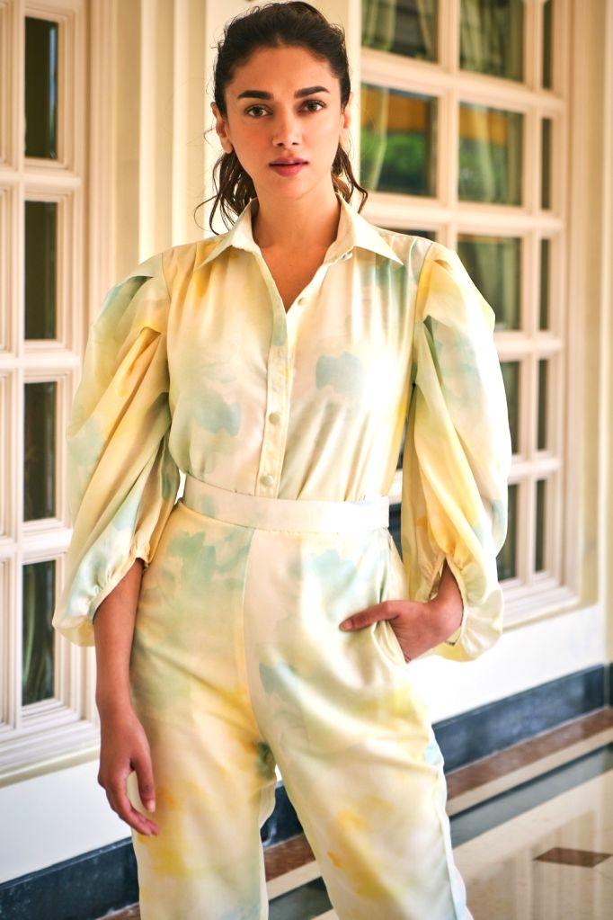 Aditi Rao Hydari recalls fond memories of her Telugu debut 'Sammohanam'  in Mumbai on Tuesday, 15 June  2021 (Photo : IANS) - Rao Hydari
