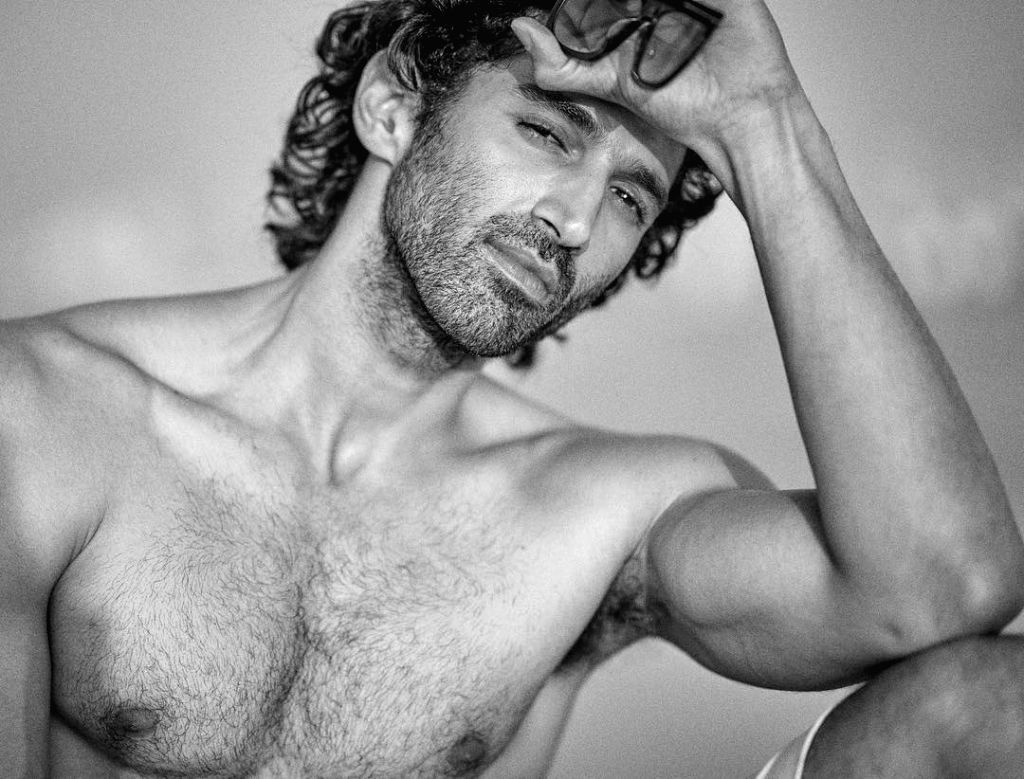 Aditya Roy Kapur: Have been caught making out in public - Roy Kapur