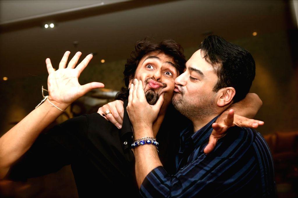 Adnan Sami stands by 'true brother' Sonu Nigam. - Adnan Sami and Sonu Nigam