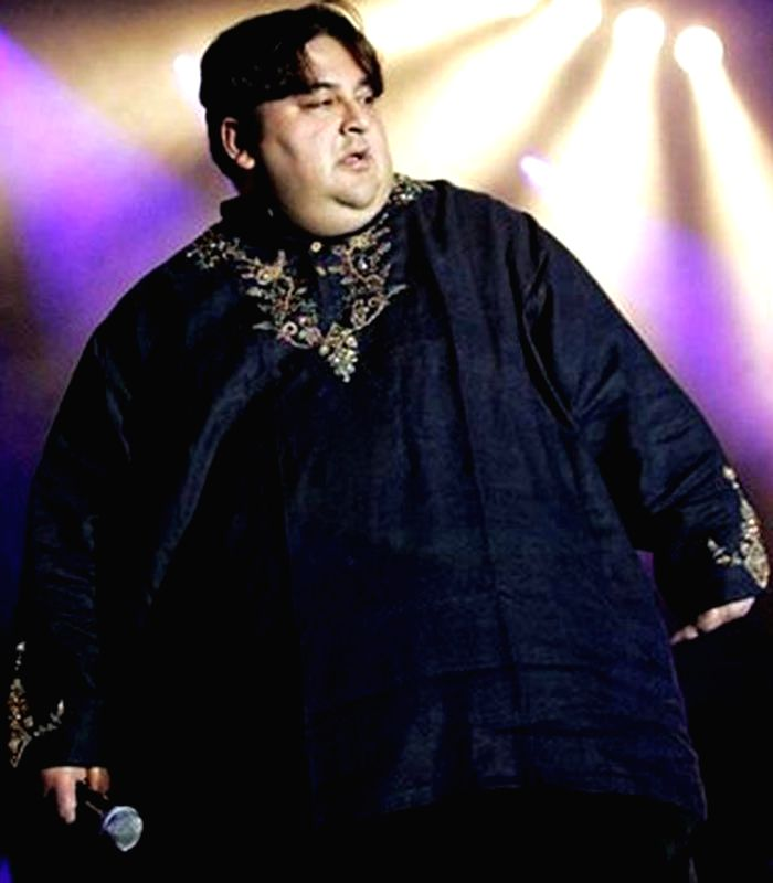 Adnan Sami turned 'hugely fat person' due to excessive eating. - Adnan Sami