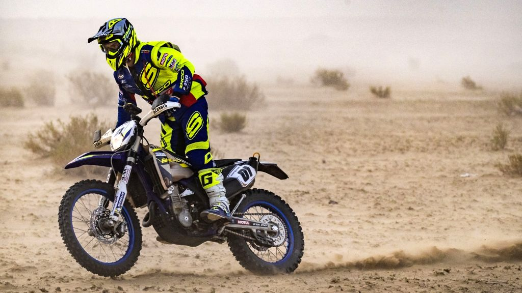 Adrien Metge participates in 2019 edition of Desert Storm, in Jaisalmer.