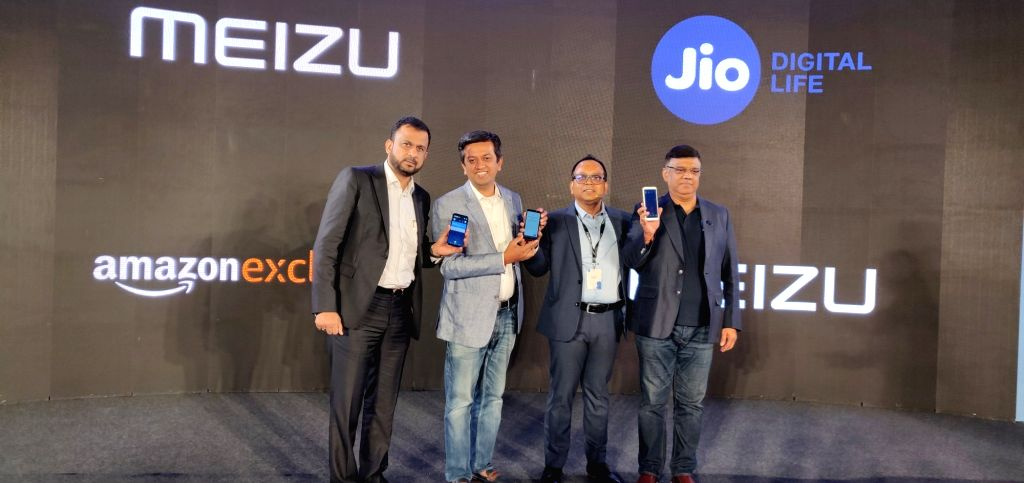 Advanced Computers and Mobiles India MD Essa Merchant, Meizu India CEO Ramashish Ray, Amazon India Director (Category Management) Noor Patel and Reliance Jio President (Sales and ... - Noor Patel and Sunil Dutt