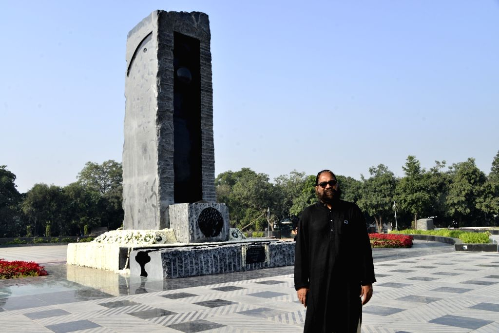Adwaita Garanayak with the National Police Memorial.