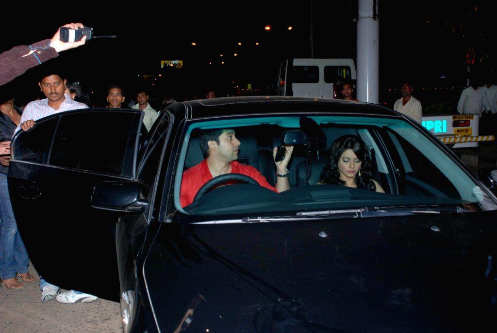 Aftab Shivdasani and Aamna Shariff at Grant Medical College fest Astitva.