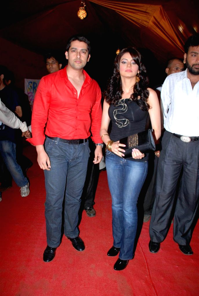Aftab Shivdasani and Aamna Shariff at Grant Medical College fest Astitva.