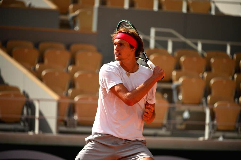 After initial hiccups, Zverev enters maiden French Open semis