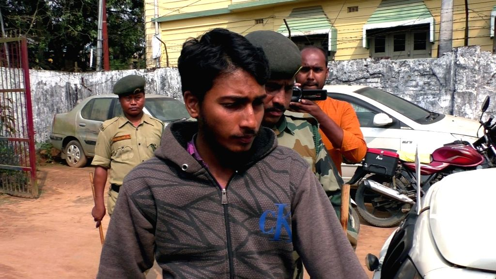Agartala: The Indian member of the terror outfit Jama'atul Mujahideen Bangladesh (JMB) Nazir Shaikh, who was arrested in Tripura on Tuesday being taken to be produced before a court in Agartala on March 6, 2019. (Photo: iANS)