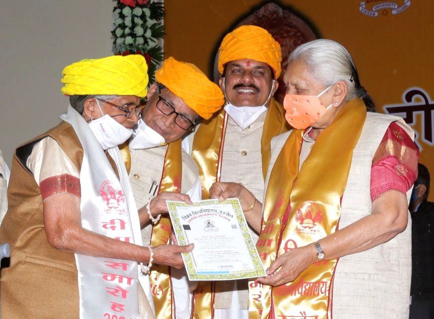 Age no bar: 80-yr-old Ujjain woman completes PhD
