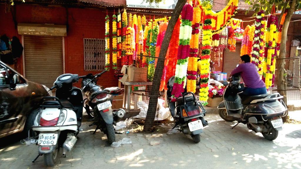 Agra comes live on Basant Panchami.