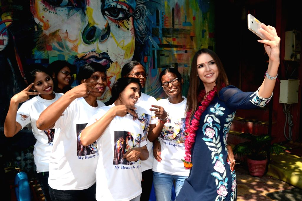 Agra, Oct 21 (IANS) Finally after a wait of eight months, one of SHEROES cafes, run by acid attack survivors reopened, at its new address, closer to the Taj Mahal.