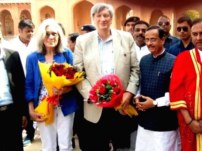 Agra: Uttar Pradesh Deputy Chief Minister Dinesh Sharma and Academy of Motion Picture Arts and Sciences President John Bailey along with his wife Carol Littleton in Agra on May 27, 2019. (Photo: IANS) - Dinesh Sharma