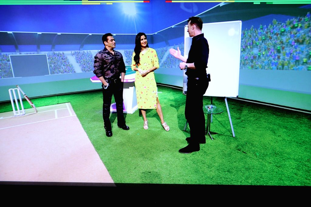 Ahead of the IPL 2019 grand finale, Salman Khan and Katrina Kaif caught up with Brett Lee to talk about cricket, movies and much more on Maruti Suzuki Cricket Live on the Star Sports Network. - Katrina Kaif and Salman Khan