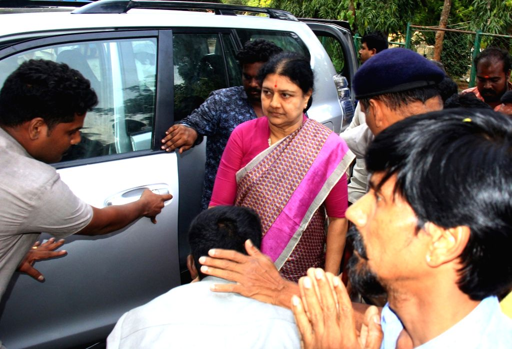 AIADMK leader V.K. Sasikala arrives at the Bengaluru Central Jail after a five-day parole granted to her to meet her ailing husband  in a Chennai hospital, in Bengaluru on Oct 12, 2017.