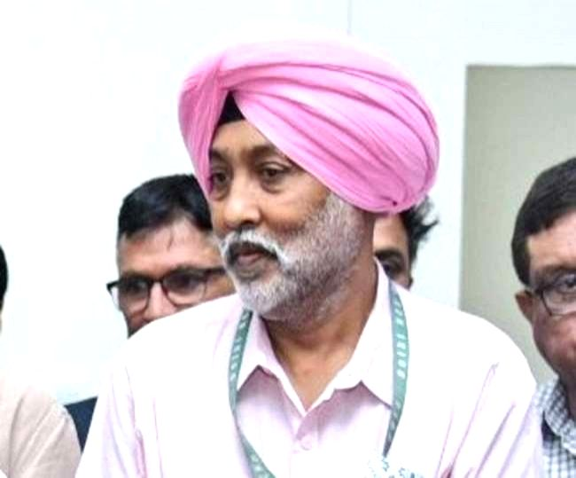 Ailing hockey Olympian MP Singh desperately seeks kidney donor.