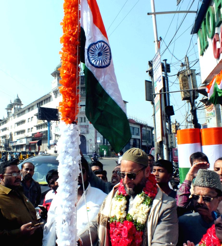 AIMIM chief Asaduddin Owaisi unfurls the Indian flag on Republic Day in Hyderabad on Jan 26, 2018.