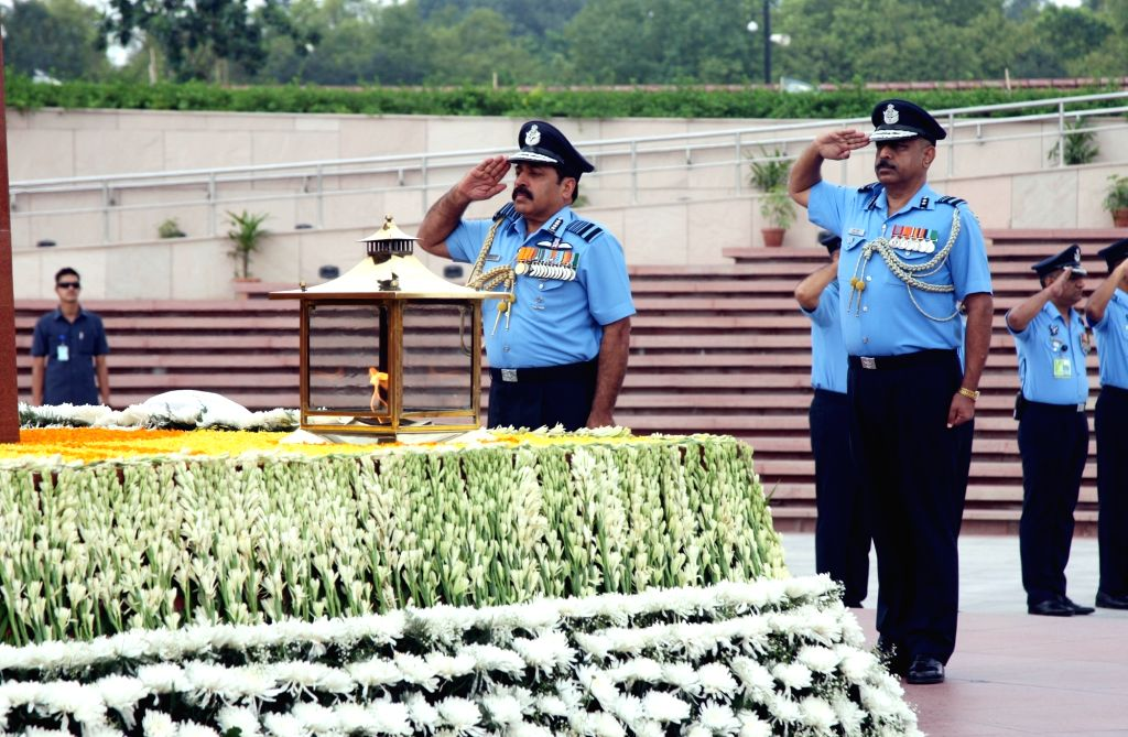 Air Chief Marshal Rakesh Kumar Singh Bhadauria pays homage at National War Memorial as takes charge as the 26th Chief of the Air Staff, in New Delhi on Sep 30, 2019.