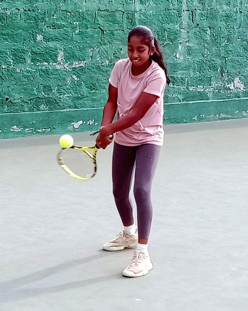 AITA u-16 tennis: Anvi beats 2nd seed, enters quarters