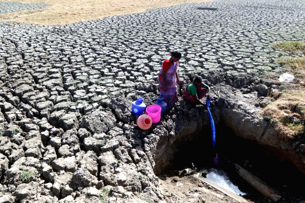 Alarmed over water crisis in various regions and pockets of the country, the Centre has started sending senior officers in batches to the districts and pockets facing sharp fall in water table. (Photo: IANS)