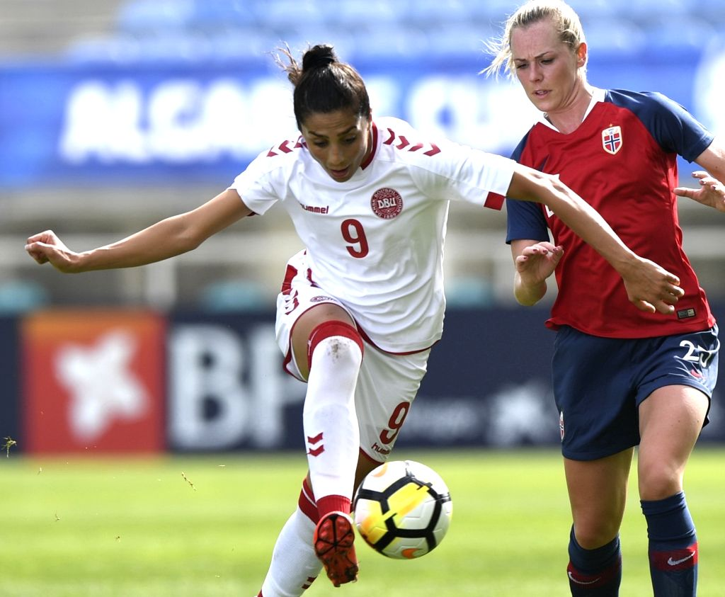 ALBUFEIRA, Feb. 28, 2019 - Stine Hovland (R) of Norway vies with Nadia Nadim of Denmark during the Group C first round match at the 2019 Algarve Cup women's football tournament in Albufeira, ...