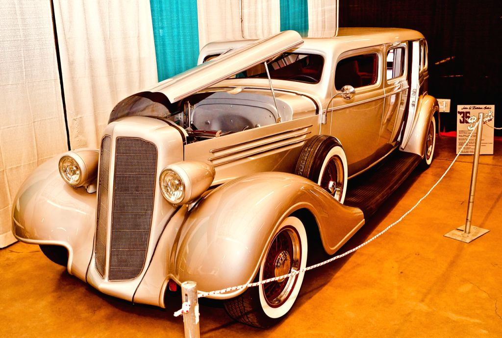 ALBUQUERQUE, Jan. 29, 2019 - An immaculately restored 1935 Buick sedan is seen at the 2019 Supernationals Custom Car Show in Albuquerque, New Mexico, the United States, Jan. 27, 2019. The car show, ...