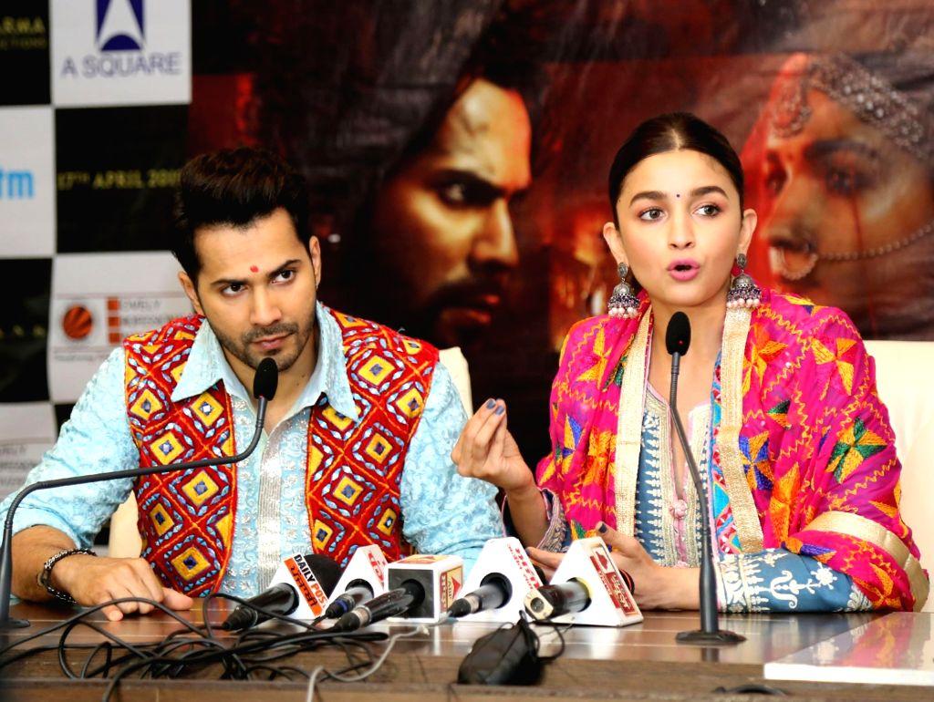Alia Bhatt and Varun Dhawan. (Photo: IANS)