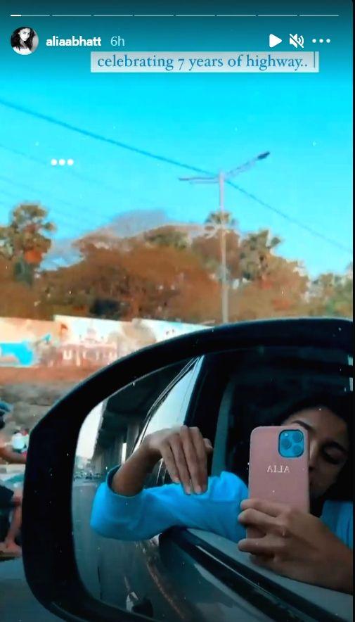"""Alia recreates """"Highway"""" scene 7 years after film's release (Credit: Instagram)"""