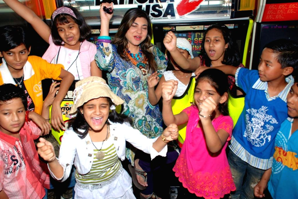 Alka Yagnik at Lil Champs kids fun event in Mumbai.