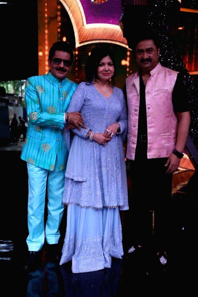 Alka Yagnik, Kumar Sanu, Udit Narayan to usher in Navratri on TV.