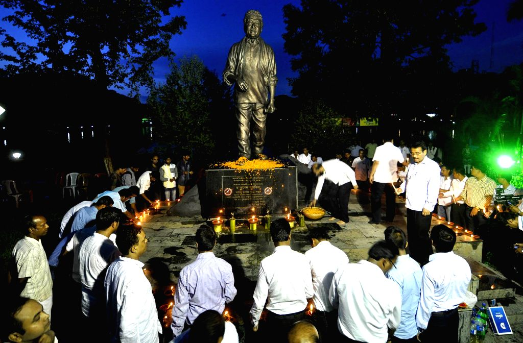 All Assam Student's Union (AASU) activists pay tribute to legendary singer Bhupen Hazarika on his 88th birth anniversary in Guwahati on Sept 8, 2014.